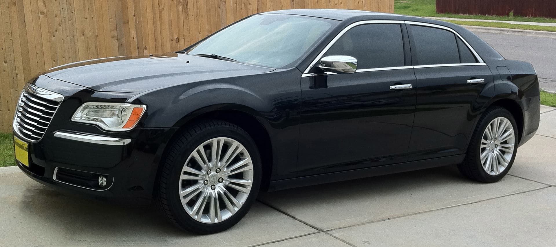 td how edmunds is a reviews and much pricing chrysler ratings features