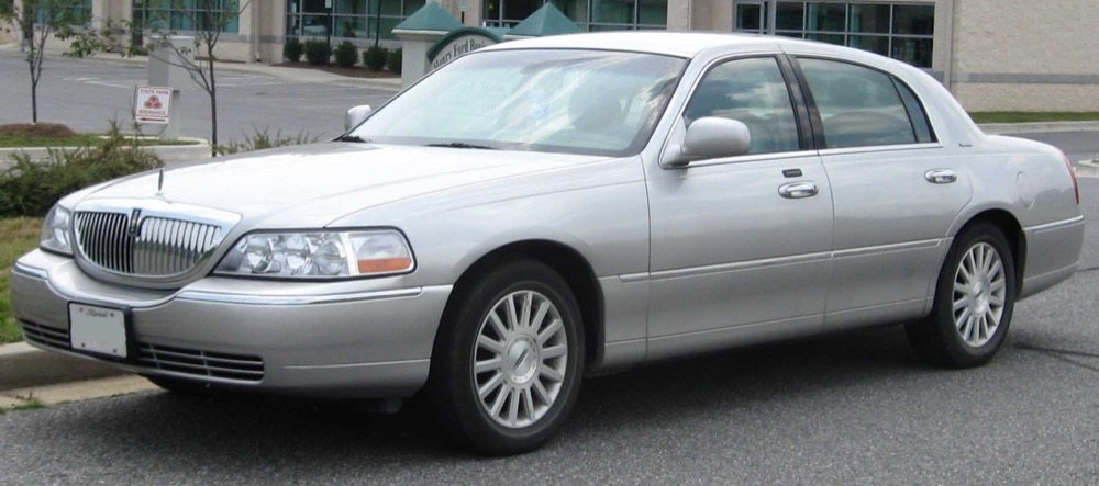 Window & Rock Chip Repair for Lincoln Town
