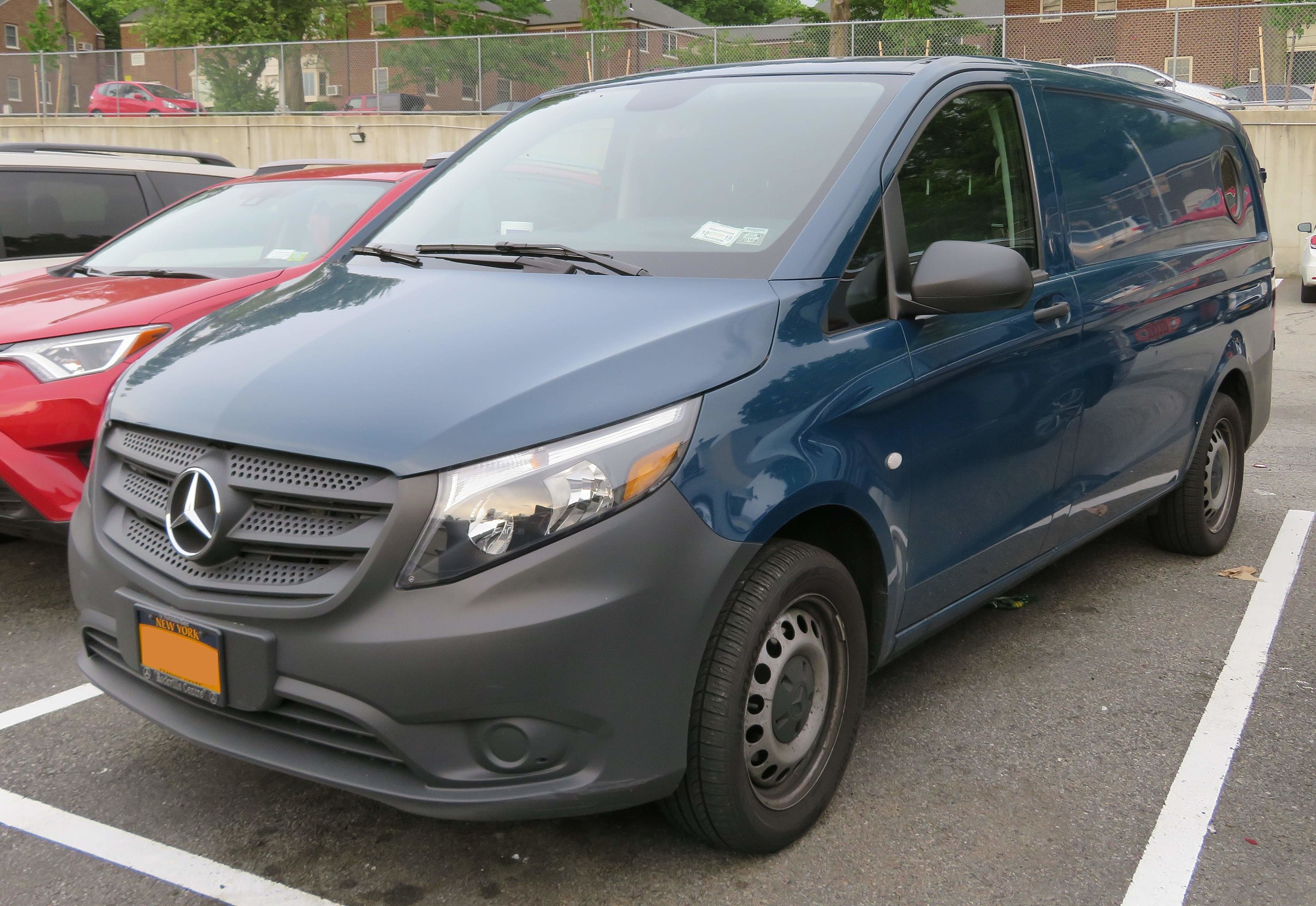 Mercedes Metris Window and Windshield Replacement