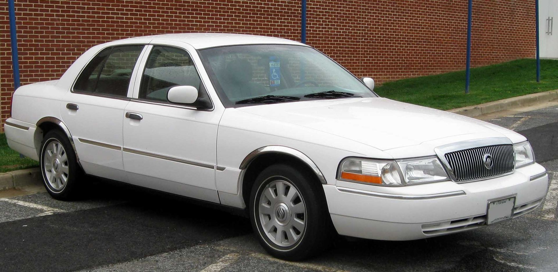 Auto Glass and Window Replacement for Mercury Grand Marquis